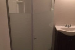 before-after-bathroom-reno-brantford-home-03