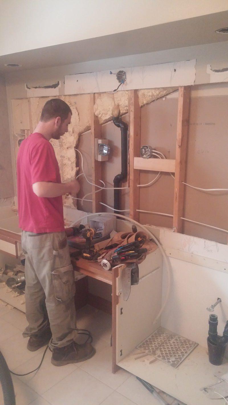 Bathroom renovations hamilton - Before Picture Bathroom Renovations Hamilton 04