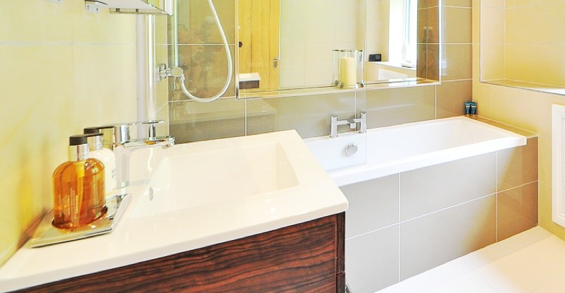 Bathtub install renovation example